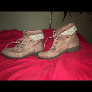 Shoes - Brown Short Boots